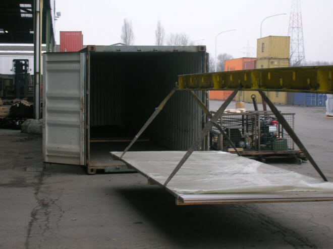 adar-trans-abu-dhabi-dubai-konteyner-nakliye-Stuffing-container